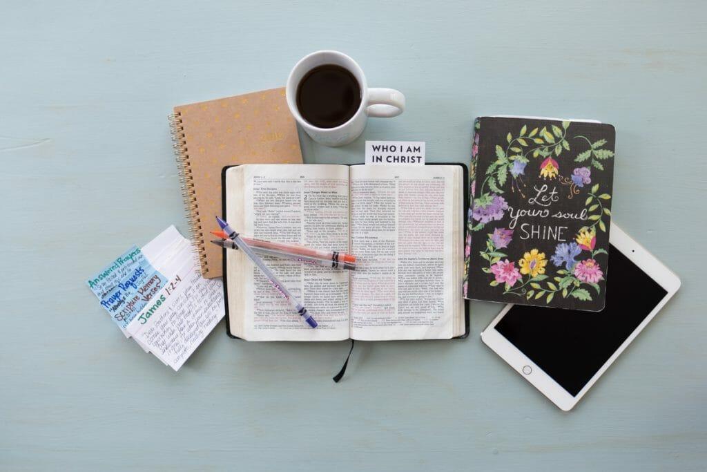 Bible_Bible Study)lightstock_326615_small_susan